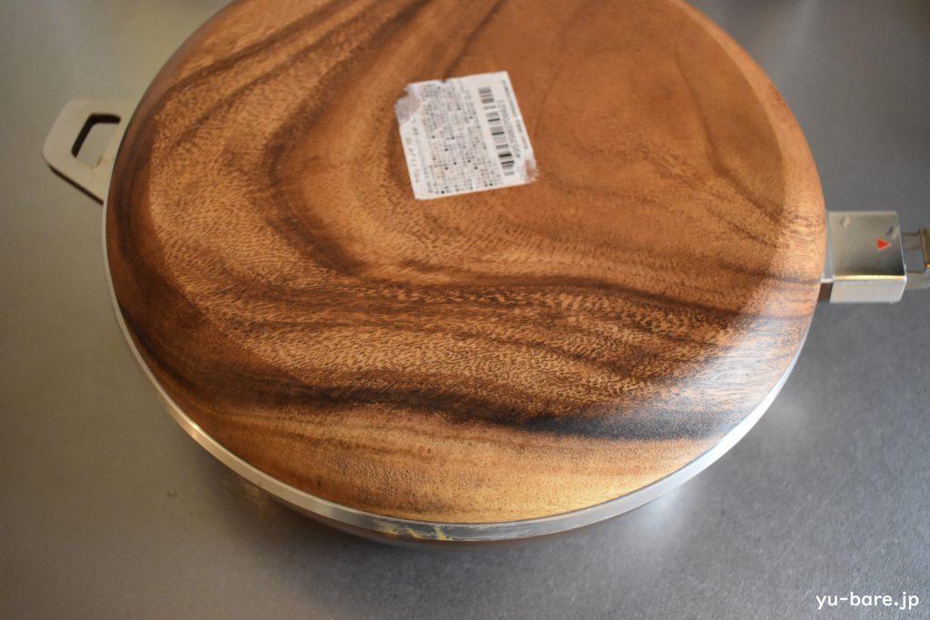 木皿をオールパンにかぶせる